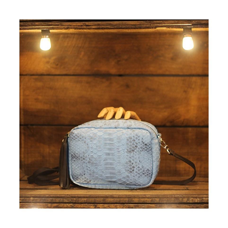Camera Bag en Python light blue